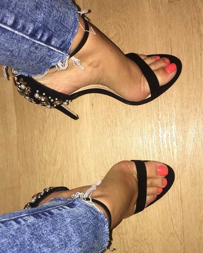 sandale-cu-toc-inalt